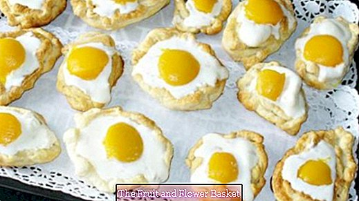 Puff pastry eggs for Easter