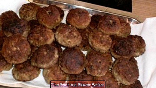 Vegetable rissole (Boulette) with fresh ingredients