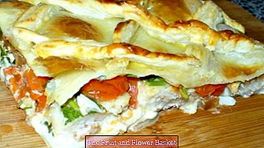 Fish fillet in puff pastry crust