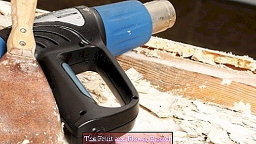 Remove several layers of varnish from wood