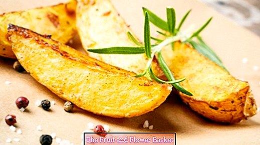 Irisan kentang - buatan rumah yang mudah dan cepat
