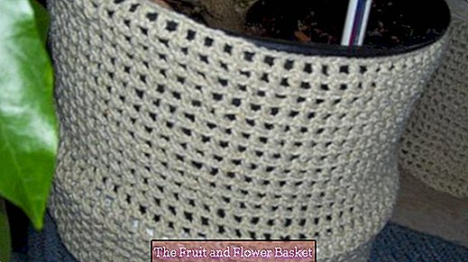 Cuff for tub or flowerpots