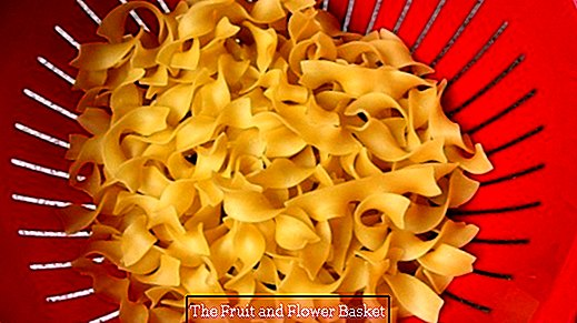 Measure the amount of pasta