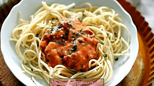 Spaghetti Bolognese - good and fast