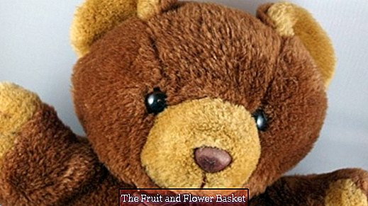 Clean stuffed animals with granulate filling