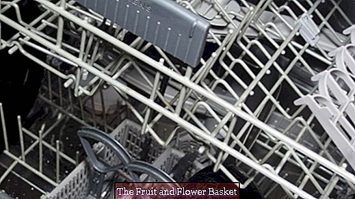 For rich bachelors - the dishwasher trick