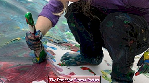 Remove finger paint from textiles