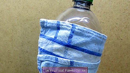 Keep drinks in bottles cooler for longer with kitchen towels