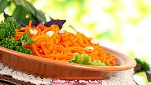 Simple carrot salad