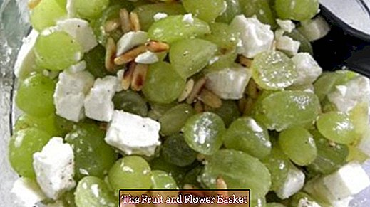 Grape salad (with sheep's milk cheese)